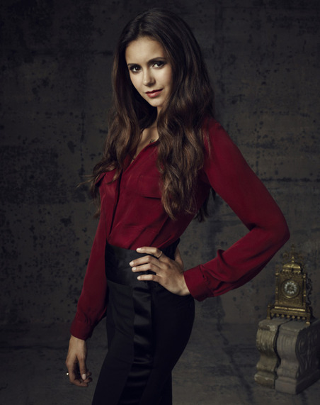 Nina-Dobrev-as-Elena-Gilbert_gallery_primary