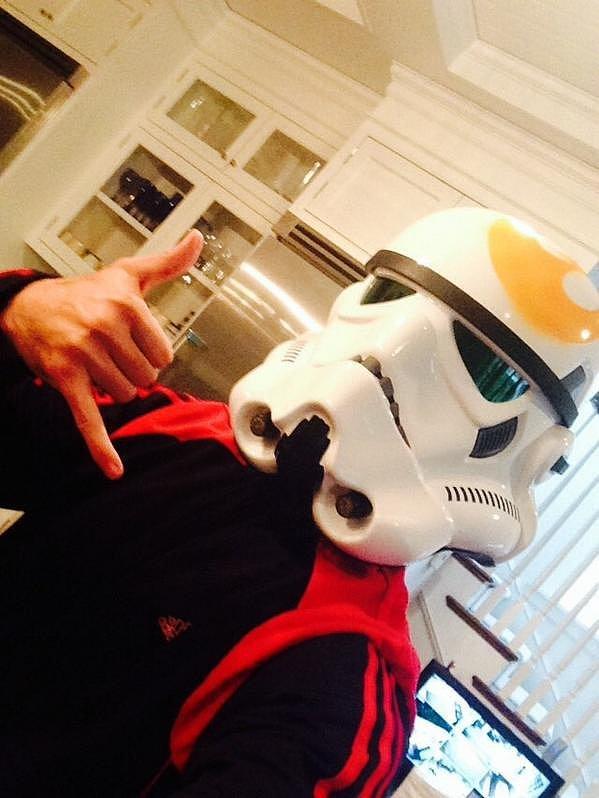 Freddie-Prinze-Jr-Stormtrooper
