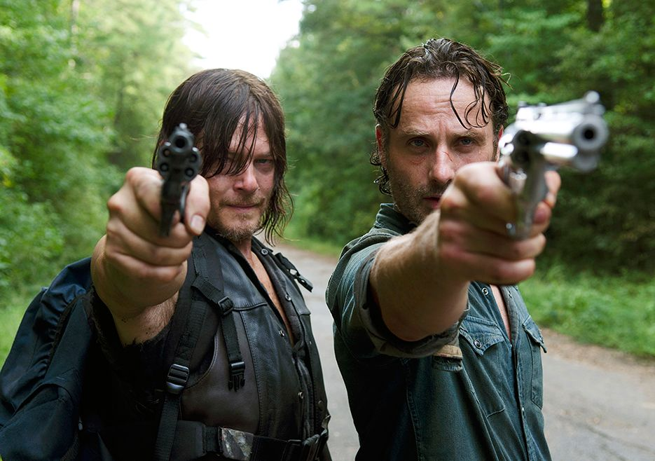 5-things-you-might-have-missed-in-the-walking-dead-episode-the-next-world-854038