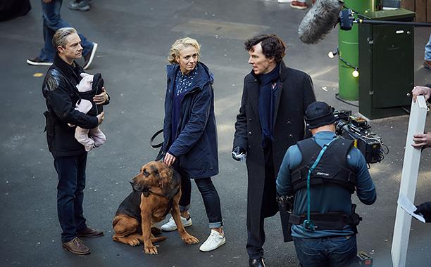Sherlock, Season 4 premieres January 1, 2017 on MASTERPIECE onPBS. Picture shows: Behind-the-scenes filming 'Sherlock' Season 4. John Watson (MARTIN FREEMAN), Mary Watson (AMANDA ABBINGTON) and Sherlock Holmes (BENEDICT CUMBERBATCH)